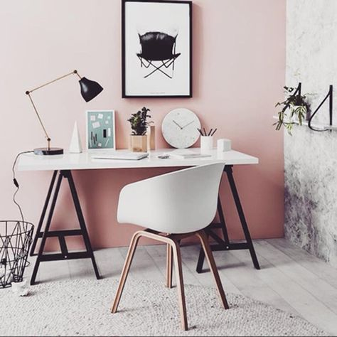 Think Pink - The Best Workspaces Spotted On Instagram - Photos
