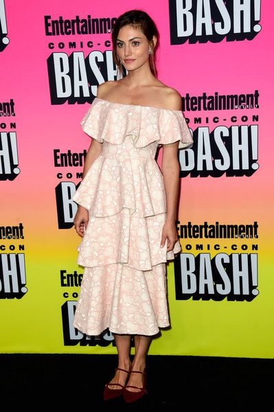 Phoebe Tonkin attends Entertainment Weekly's Comic-Con Bash.