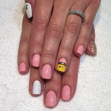 #2 Pencil - Back to School Nails That Will Ace Your First Day - Photos