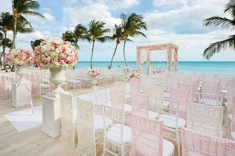 Island Enchantment - Fairytale Weddings Around the World With Colin Cowie - Photos