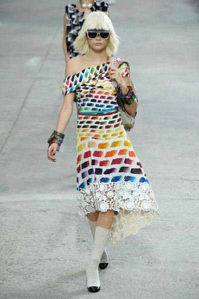Chanel, Spring 2014 - Cara Delevingne on the Catwalk - Photos