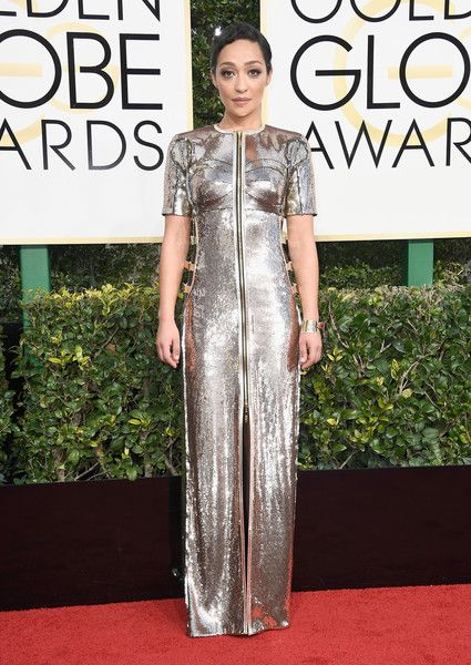 Ruth Negga - All the Stunning Looks from the 2017 Golden Globes - Photos