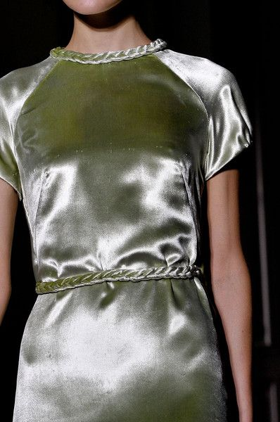 Valentino Fall 2011 Couture Details - Valentino's Most Stunning Couture Runway Details of the Decade - Photos