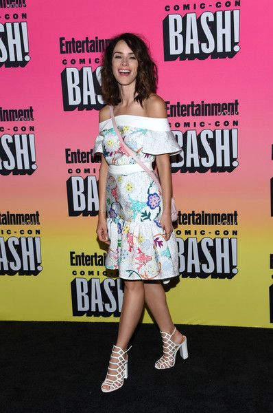 Abigail Spencer attends the Entertainment Weekly Comic Con Celebration.
