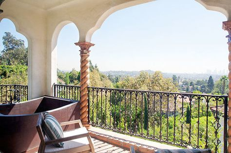 Bain Au Soleil - See Sia's $4.99 Million Dollar Los Feliz Pad - Photos