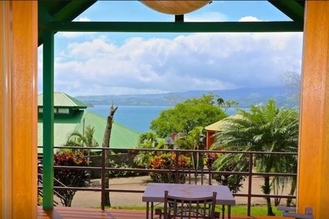 The Best Airbnb Getaways in Costa Rica | Lake Arenal Cabin
