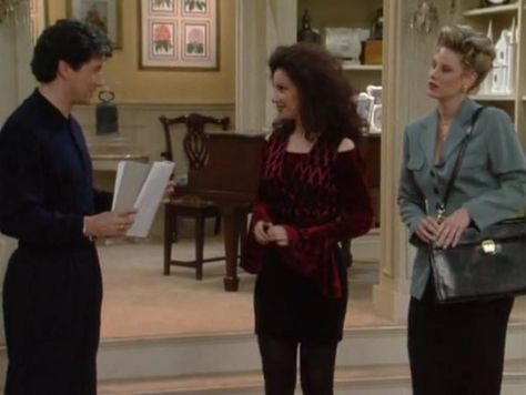 Show A Little Shoulder - Style Lessons We Learned From 'The Nanny' - Photos