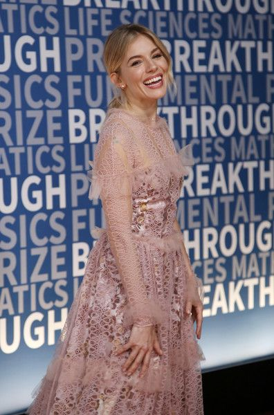 Actress Sienna Miller attends the 2017 Breakthrough Prize at NASA Ames Research Center.