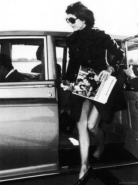 Sleek Black - These Rare Photos of Jackie O Are So Touching - Photos
