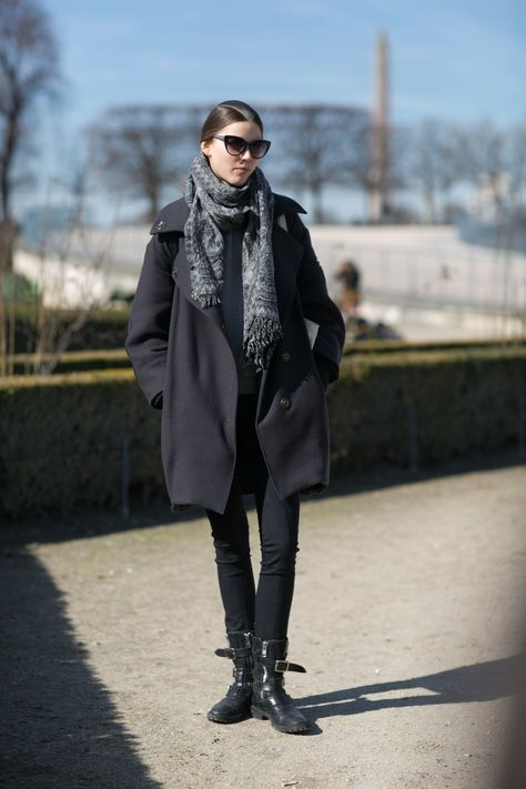 This Is How French Women Really Dress in the Winter | Skinny Jeans