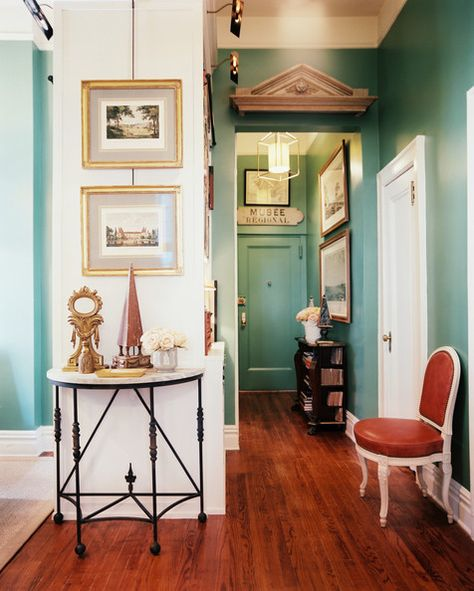 French Traditional Hallway: .