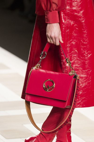 Fendi, Fall 2017 - Milan's Fall Runway Purses Are Too Pretty Not to Pin - Photos