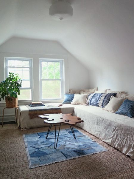 Less Is More - These Furniture Arrangements Are #SquadGoals - Photos