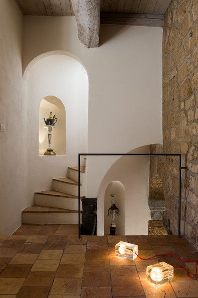 Tuscan Tile - Homes We Love - Staircase Designs