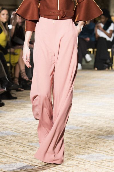 Christian Siriano, Fall 2017 - Incredible Runway Details From New York's Fall Collections - Photos