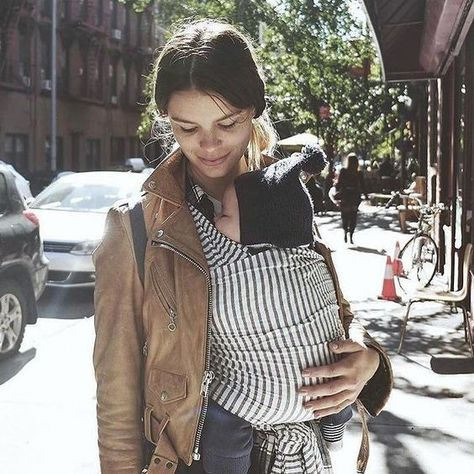 Style your baby carrier - Hip Mom Styles Worth Stealing - Photos