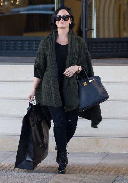 Demi Lovato goes out shopping in LA.