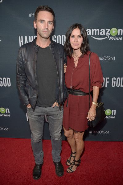Courteney Cox & Johnny McDaid - Celebrity Women Who Have Dated Much Younger Men - Photos