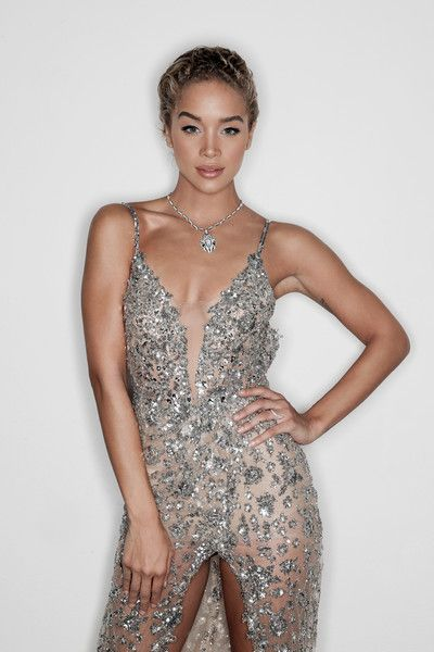 Jasmine Sanders poses for a portrait during amfAR Milano 2016 at La Permanente on September 24, 2016 in Milan, Italy.