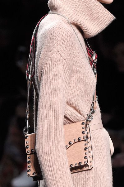 Valentino, Fall 2016 - The Most Fabulous Fall '16 Runway Purses - Photos