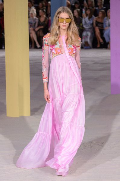 Temperley London, Spring 2017 - London's Spring '17 Runway Gowns Are Stunning - Photos