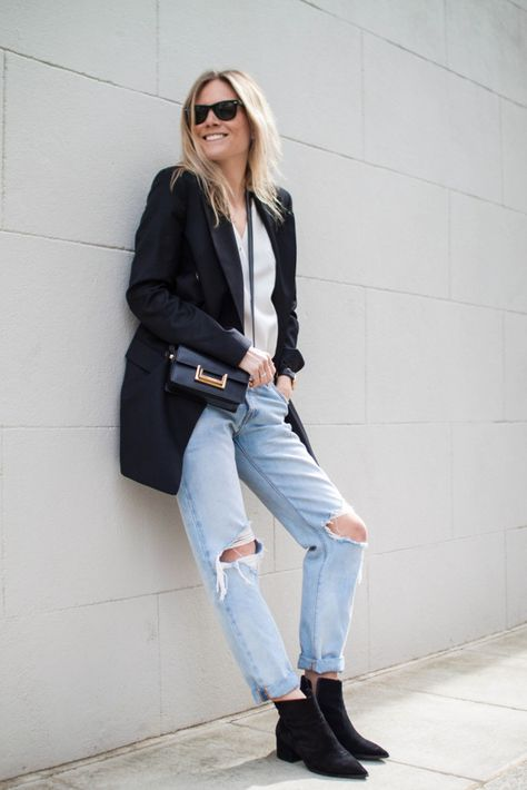 What Your Favorite Clothing Item Says About You   Black Blazer