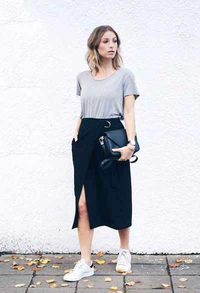 Match Comfy Tees With Chic Skirts - Cute Outfits To Wear When You Fly - Photos