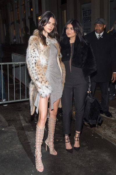 Model/TV Personalities Kendall Jenner (L) and Kylie Jenner attend the Kendall + Kylie Launch on February 8, 2016 in New York City.