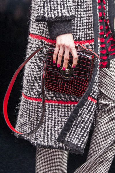 Emporio Armani, Fall 2017 - Milan's Fall Runway Purses Are Too Pretty Not to Pin - Photos