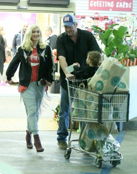 Superstar couple Gwen Stefani and Blake Shelton were spotted taking Gwen's son Apollo Rosedale out for a shopping trip to Whole Foods in Beverly Hills, California on January 13, 2017. Gwen and Blake were all smiles as they left the store together.