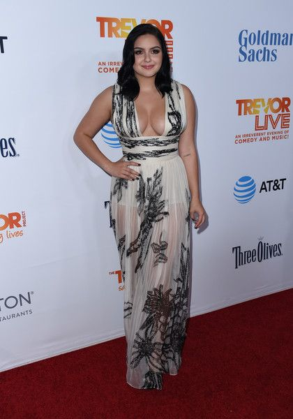 Ariel Winter attends the 2016 TrevorLIVE fundraiser.