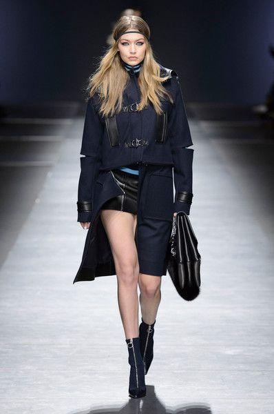 Versace Fall 2016 - Gigi Hadid's Most Stunning Runway Looks - Photos