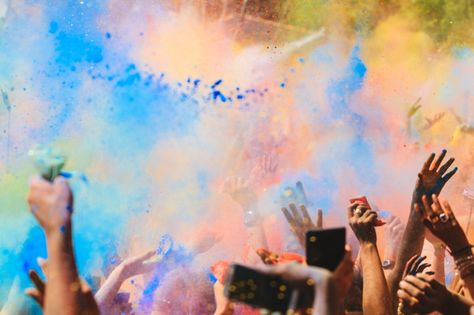 Festivals to Go to Around the World | Holi Festival of Colors