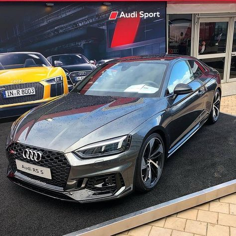 Audi RS5 life of @carstop_ ________________________________________________ Use