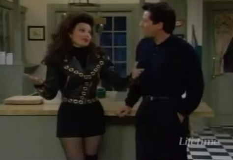The Same Thing Goes For Dressing Edgy - Style Lessons We Learned From 'The Nanny' - Photos