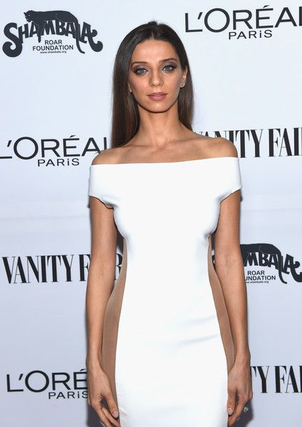 Actor Angela Sarafyan attends the Vanity Fair and L'Oreal Paris Toast to Young Hollywood.