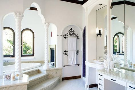 Lit Bathroom - See Sia's $4.99 Million Dollar Los Feliz Pad - Photos