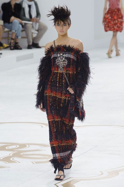 Chanel Couture, Fall 2014 - Kendall Jenner's Best Runway Looks - Photos