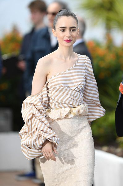 """Actress Lily Collins attends the """"Okja"""" photocall during the 70th annual Cannes Film Festival at Palais des Festivals on May 19, 2017 in Cannes, France."""