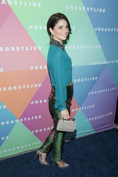 Actress Shiri Appleby attends the Hearst launch of HearstLive, a multimedia news installation, at 57th Street & 8th Avenue on September 27, 2016 in New York City.