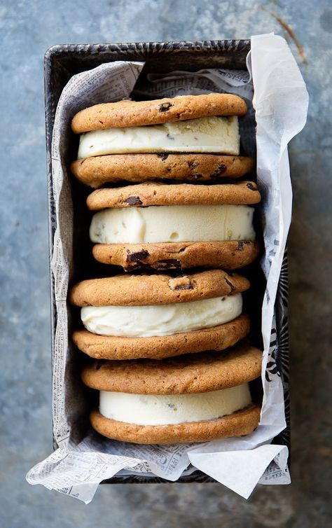 Otis Spunkmeyer Chocolate Chunk Cookies Ice Cream Sandwiches
