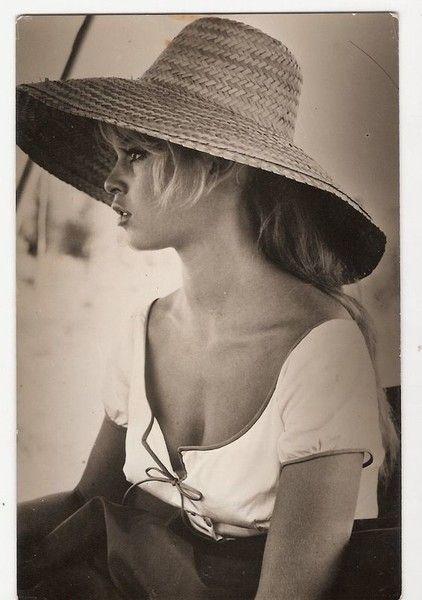 Sun Hat - You'll Love These Rare Photos of Brigitte Bardot - Photos