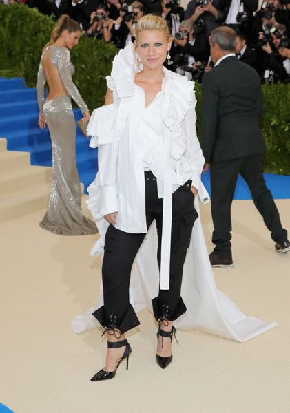 Claire Danes - Every Daring Look on the 2017 Met Gala Red Carpet - Photos