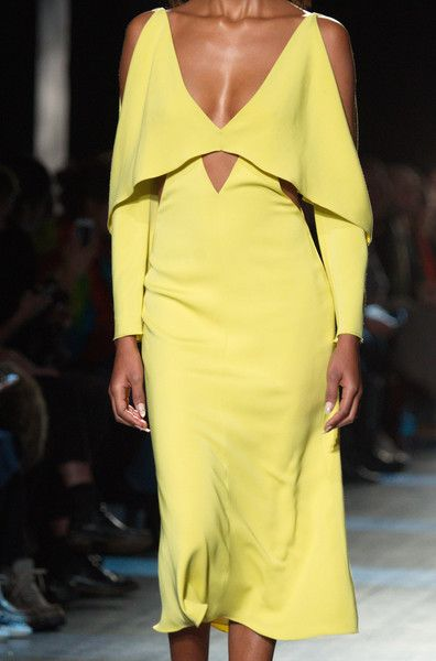 Cushnie et Ochs, Fall 2017 - Incredible Runway Details From New York's Fall Collections - Photos