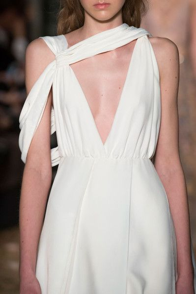 Valentino Spring 2016 Couture Details - Valentino's Most Stunning Couture Runway Details of the Decade - Photos