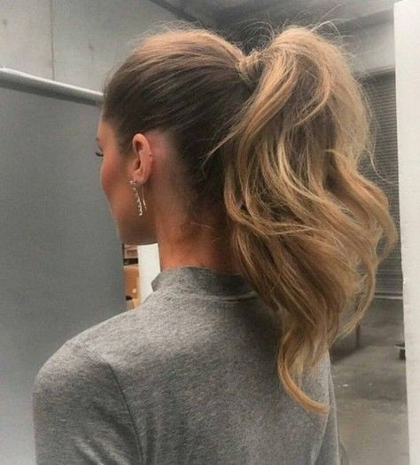 Thick & Full Ponytail - The Coolest Ponytail Hairstyles Ever - Photos