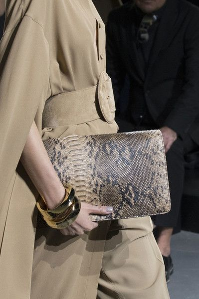 Michael Kors, Fall 2017 - These New York Handbags are Hot - Photos