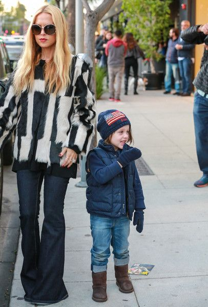 Stylist Rachel Zoe goes shopping with her son.