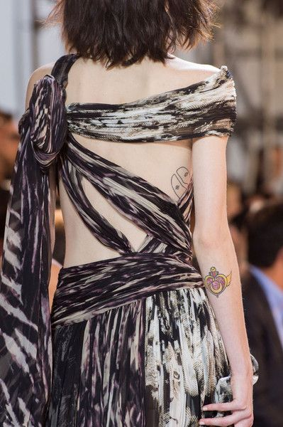 Roberto Cavalli, Spring 2016 - The Most Beautiful Backless Dresses of 2016 - Photos