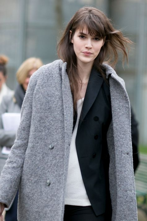 This Is How French Women Really Dress in the Winter | Messy-Chic Hair